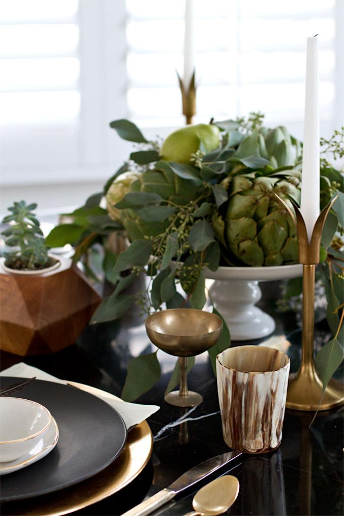 que faire avec des artichauts déco or végétale plantes vertes table noire clemaroundthecorner blog déco
