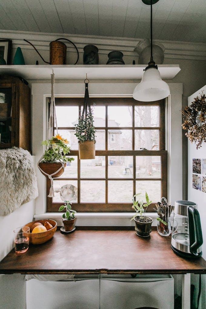 petite maison simple roulotte jardin 15m2 petit espace blog déco fenêtre diy plantes macramé