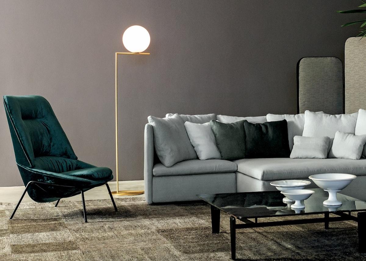 lampe boule salon canapé velours fauteuill beu canard vert lampe à pied clemaroundthecorner blog déco