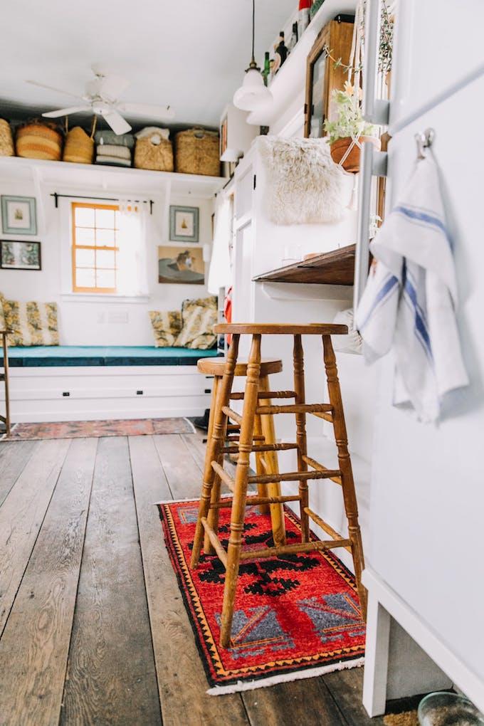 petite maison simple customisation personnalisation objet vintage tabouret tapis