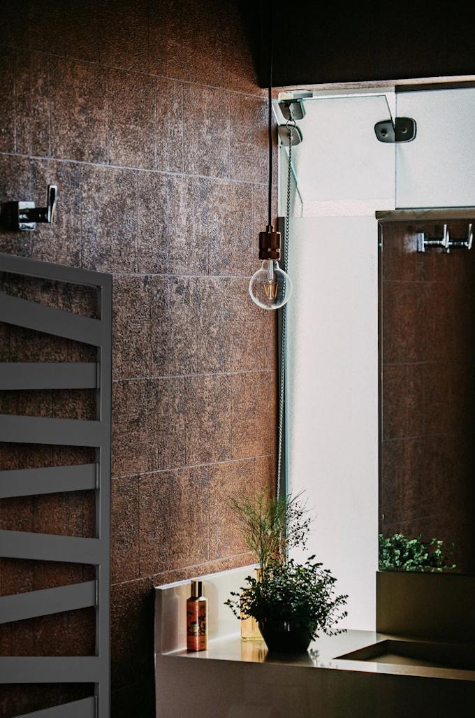 radiateur sèche-serviettes salle de bain nature plantes marron clemaroundthecorner blog déco
