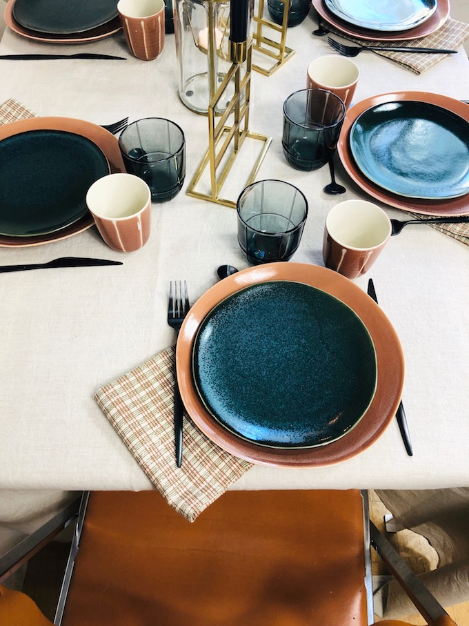 décoration table d'automne orange doré or terracotta nappe en lin naturel - blog déco - Clem Around The Corner