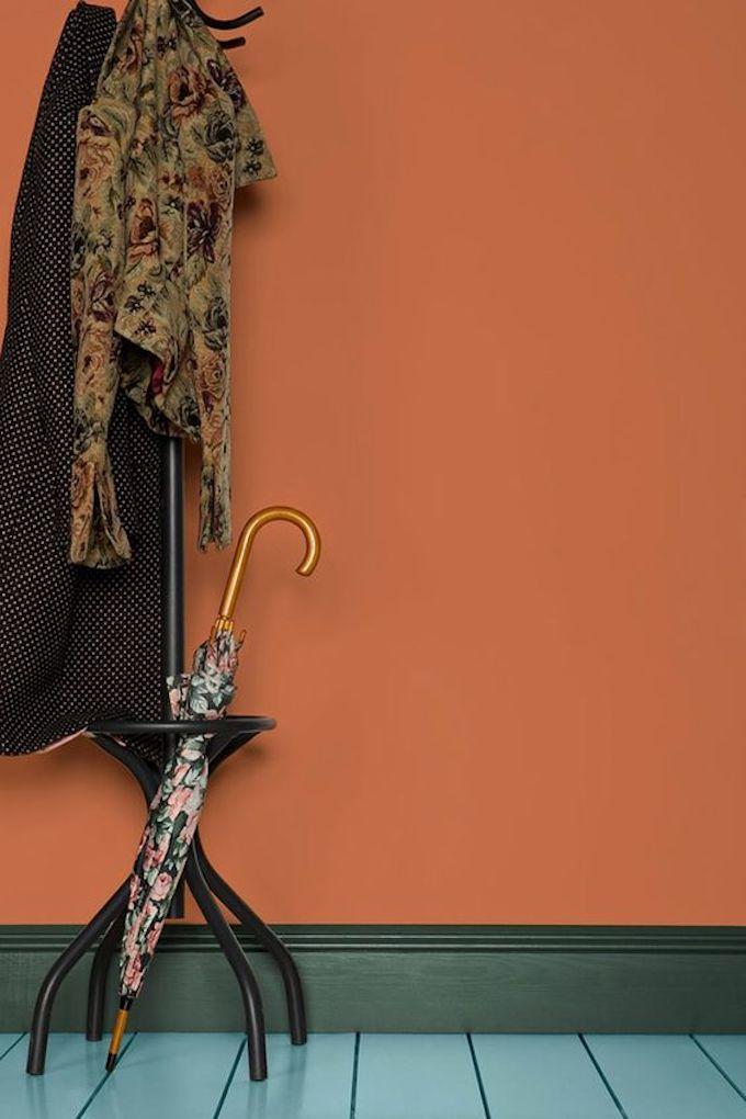 nuancier farrow ball peinture mur orange couleur entrée maison de campagne
