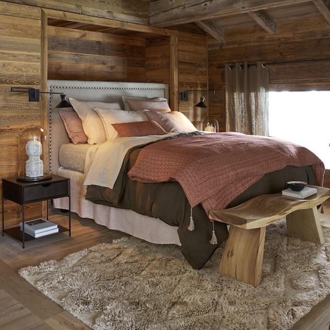 linge de lit en chanvre textile ambiance rustique rose kaki bois chalet ambiance hivernale chambre blog déco clem around the corner
