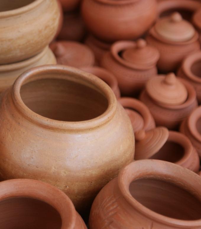 couleur terracotta poterie pot terre cuite orange marron blog déco clem around the corner