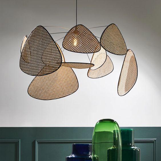 design suspension géante screen market set cannage panneaux pétale lampe - blog déco - Clem Around The Corner