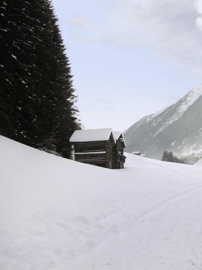 hotel chic en pleine montagne neige ruisseau tyrol autriche blog déco clem around the corner