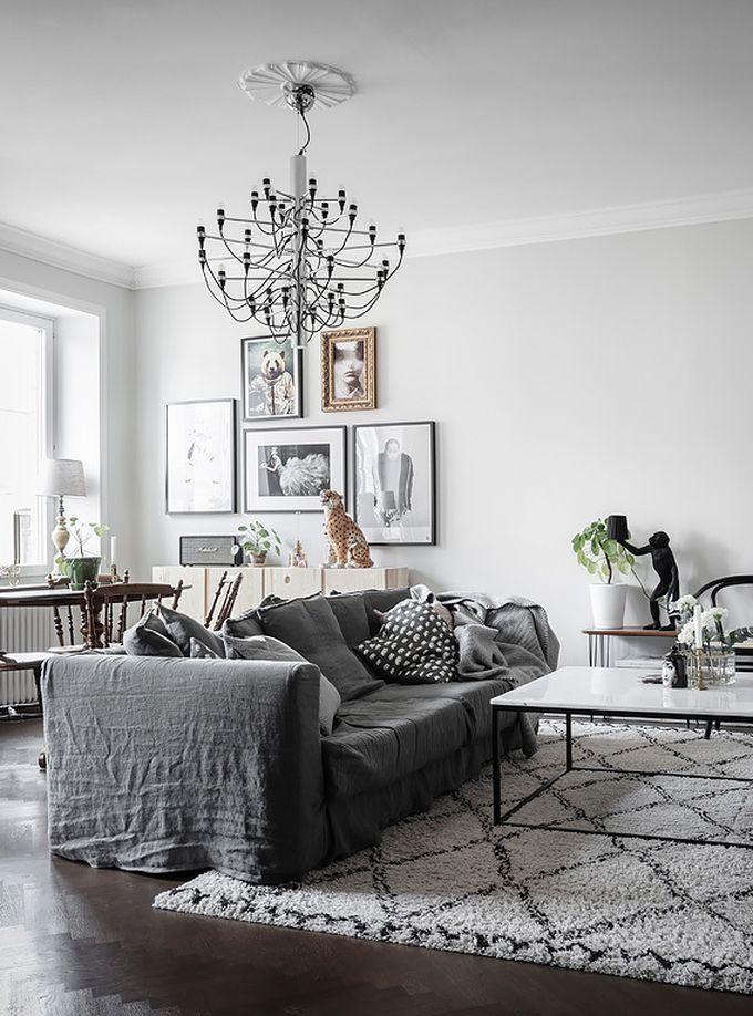 déco en noir et blanc salon salle à manger parquet bois tapis blog déco clem around the corner