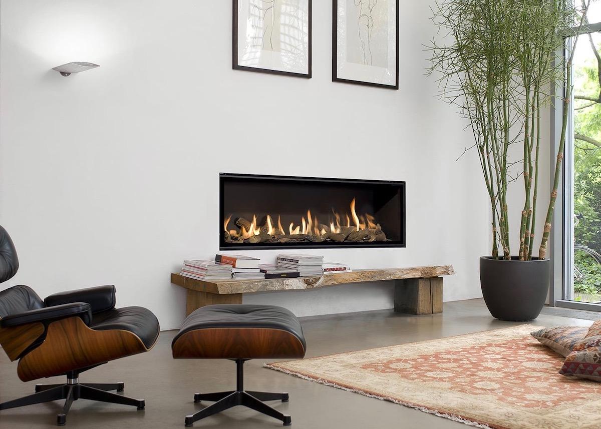 cheminée gaz salon hygge lounge chair eames noir bambou moderne blog déco - clem around the corner