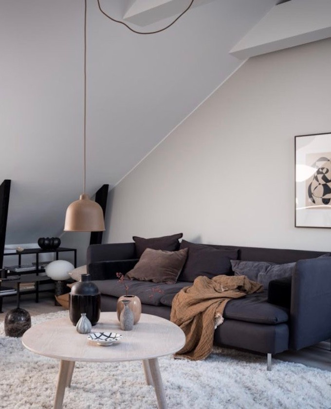 appartement design suédois salon canapé chic sobre minimaliste blog déco clem around the corner