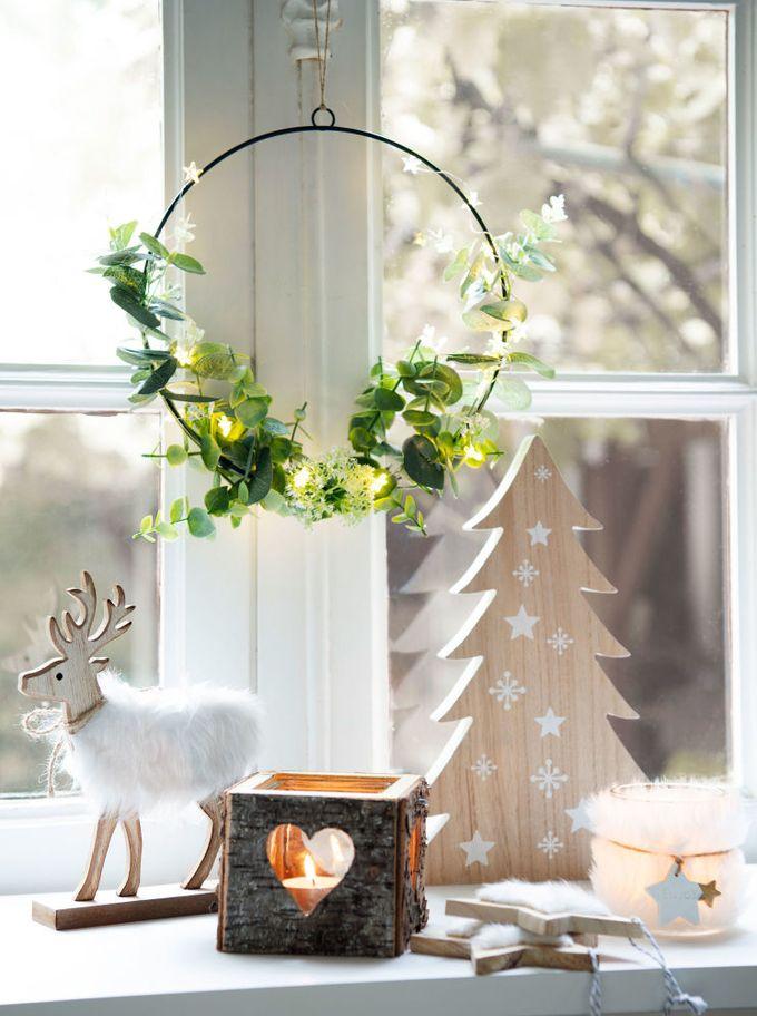 passer son appartement en mode hiver lanterne bois coeur blog déco clem around the corner