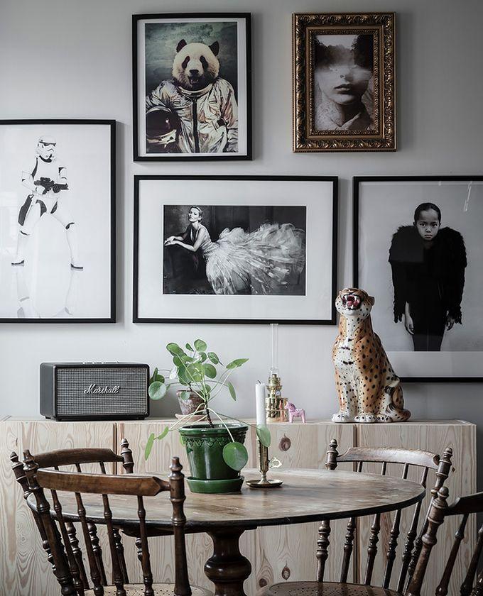 déco en noir et blanc table vintage bois siège mur de cadres blog déco clem around the corner