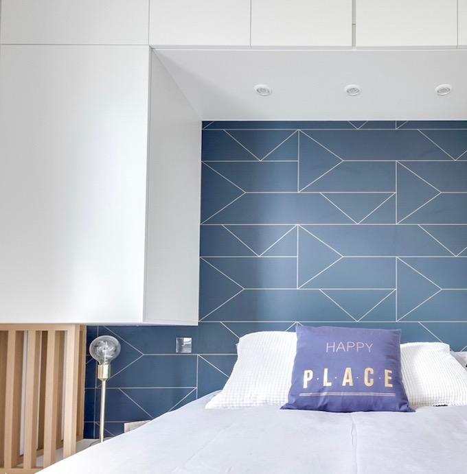 dressing malin tête de lit rangement sur-mesure studio transformé en 2 pièces - blog déco - clem around the corner