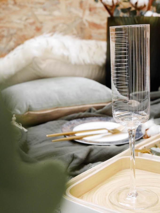 diner romantique de Noël flûte à champagne art déco design - blog décoration - Clem around the corner