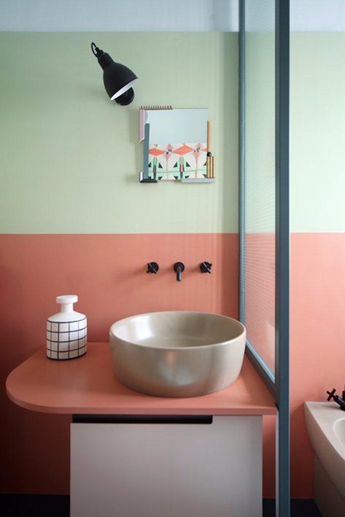 couleur de l'année pantone 2019 salle de bain bicolore vert anis blog déco clem around the corner