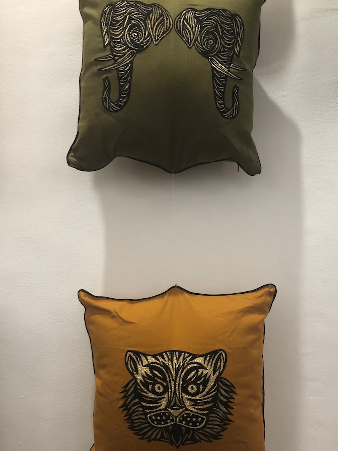 monoprix déco 2019 printemps été coussin patch nyc collab blog déco clem around the corner