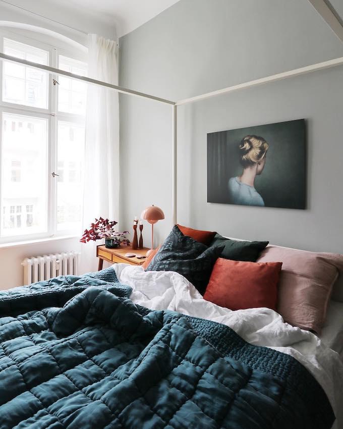 couleur de l'année pantone 2019 living coral chambre décoration bleu blog déco clem around the corner