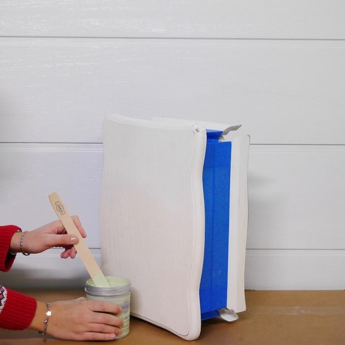 customiser une table de chevet avis peinture libéron meuble - blog clem around the corner