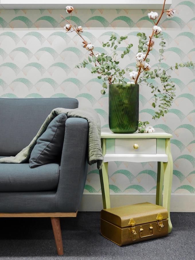 customiser une table de chevet libéron peinture diy bout de canapé vert coton blog déco clem around the corner