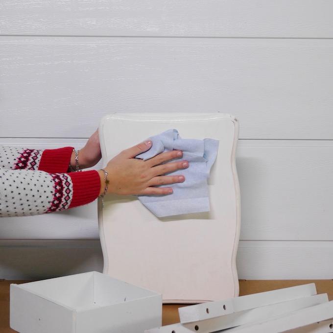 customiser une table de chevet nettoyage - blog déco - clem around the corner
