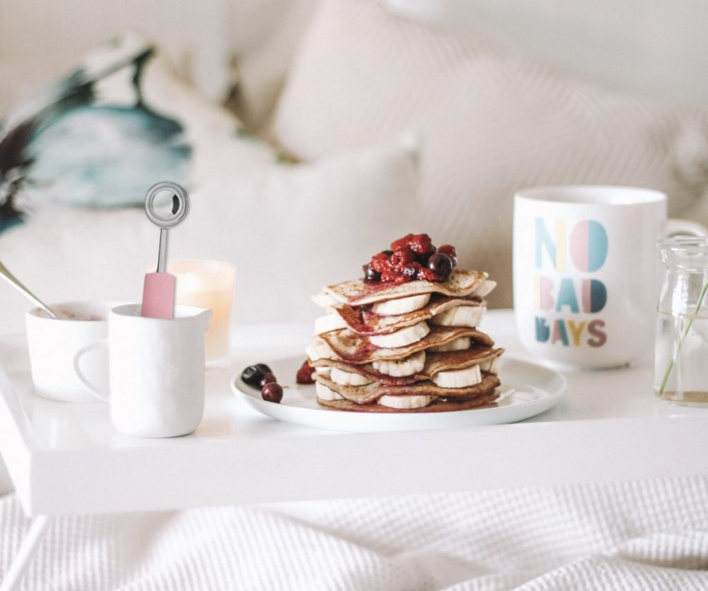cuisine multicolore pancake crepe au lit petit dejeuner slow life - blog déco - clem around the corner