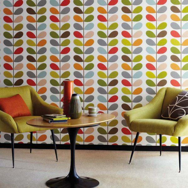 orla kiely style rétro salon fauteuils verts coussins table ronde - blog déco - clem around the corner
