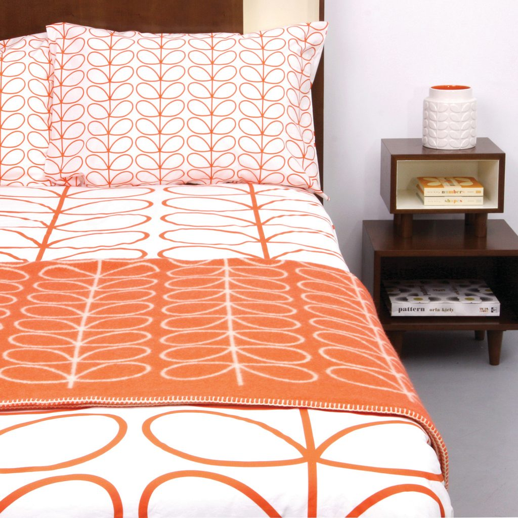 style rétro linge de lit orange blanc - blog déco - clem around the corner