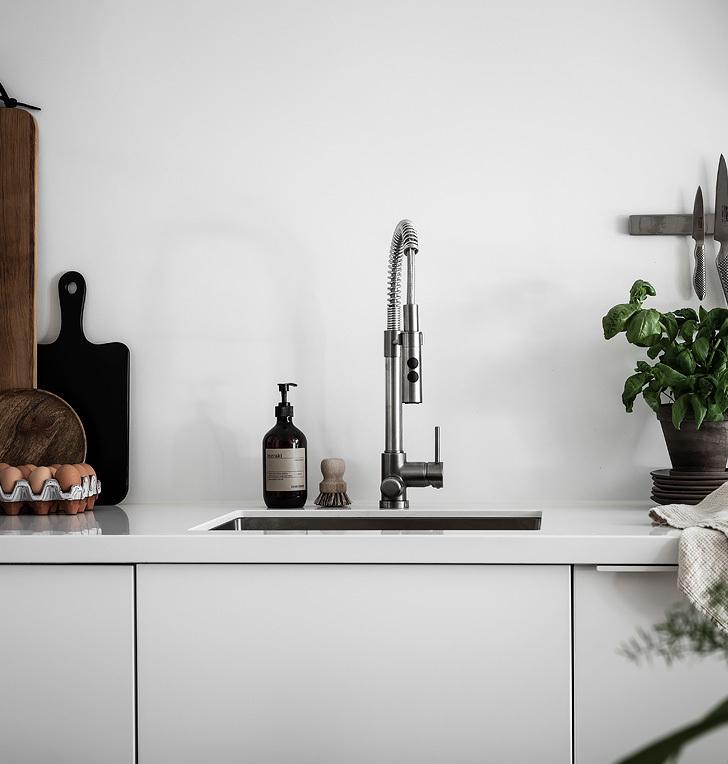 loft suédois cuisine lavabo blanc - blog déco - clem around the corner