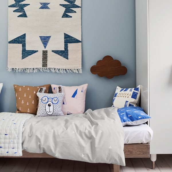 comment fixer un tapis au mur elephantintheroom blog déco clem around the corner