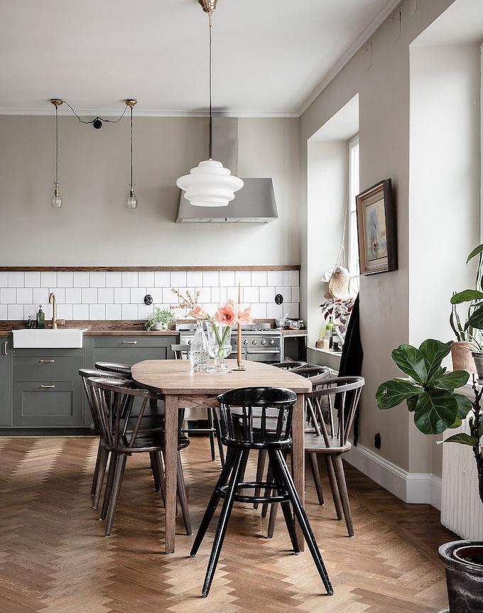 ambiance rustique cuisine ouverte table bois - blog déco - clem around the corner
