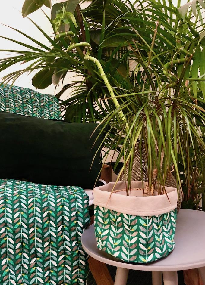 la nature inspire la déco orla kiely plaid cache pot - blog décoration - clem around the corner