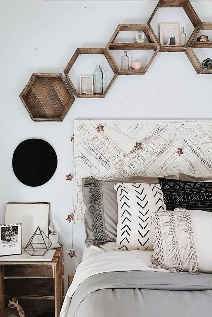 optimiser le rangement étagère murale hexagone diy blog déco clem around the corner