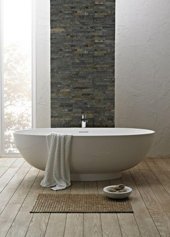 salle de bain ambiance zen baignoire tapis bois couleur douces naturelles blog déco clem around the corner