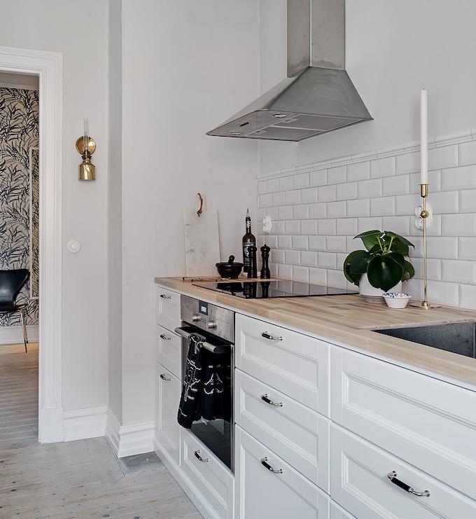 appartement suédois cuisine plan travail chien - blog déco - clem around the corner