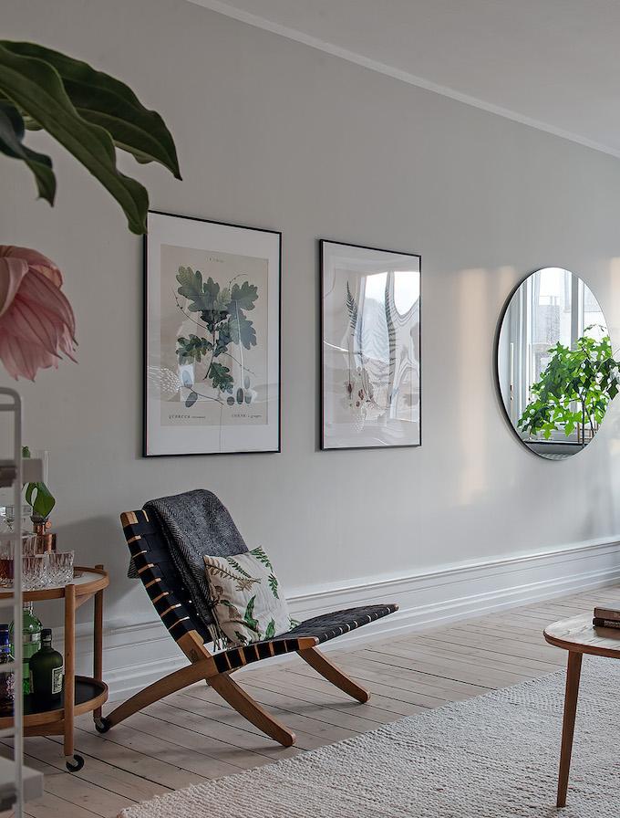 appartement suédois salon lumineux fleurs tropique - blog déco - clem around the corner