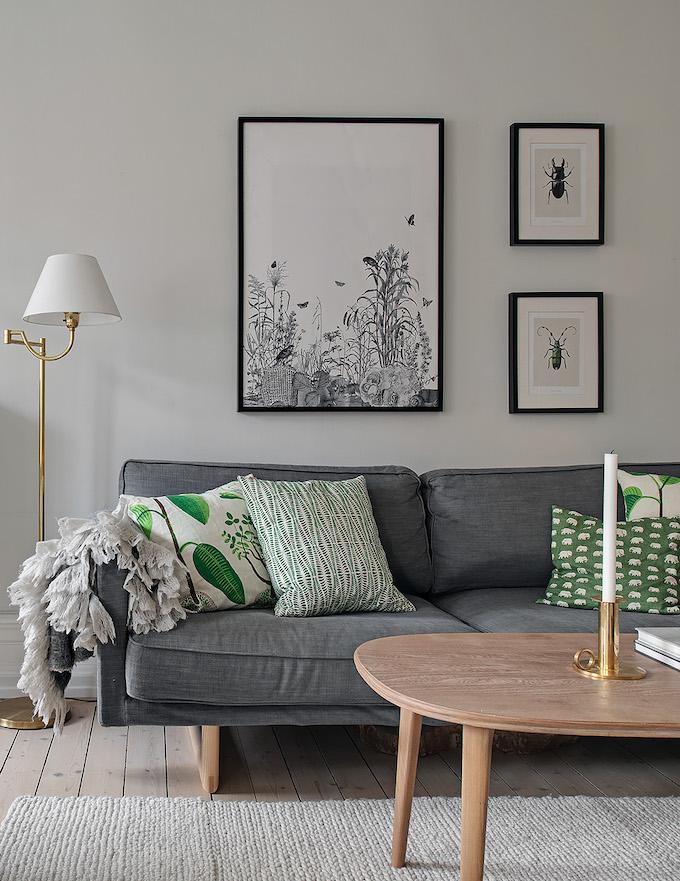 appartement suédois séjour blanc canapé gris - blog déco - clem around the corner