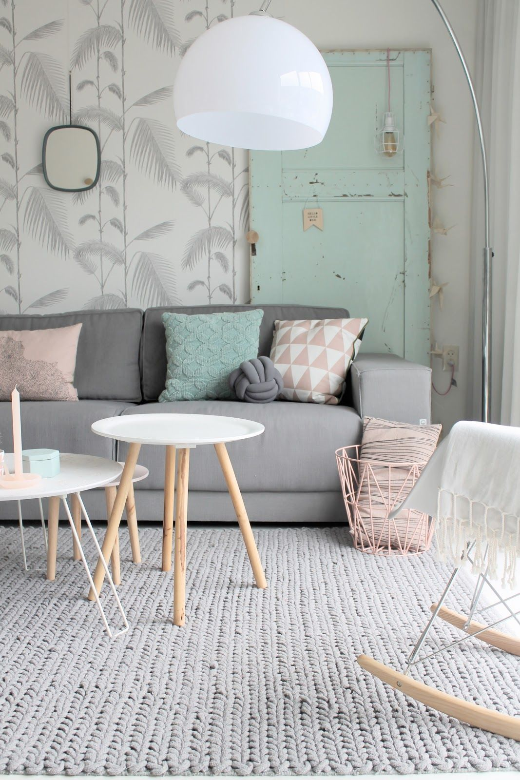 décoration vert céladon salon association gris rose turquoise tropical - blog déco - clem around the corner