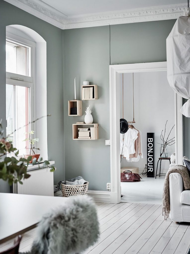 décoration vert céladon salon vert gris blanc ananas - blog déco - clem around the corner
