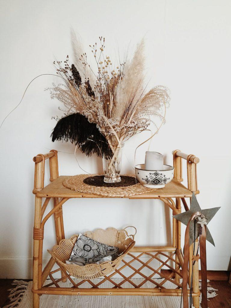 l herbe de la pampa petit meuble bambou vase petit bouquet - blog déco - clem around the corner