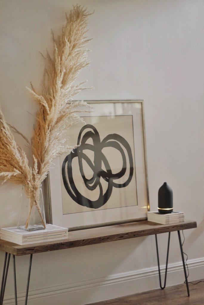 l herbe de la pampa tableau artsy banc bois décoration - blog déco - clem around the corner