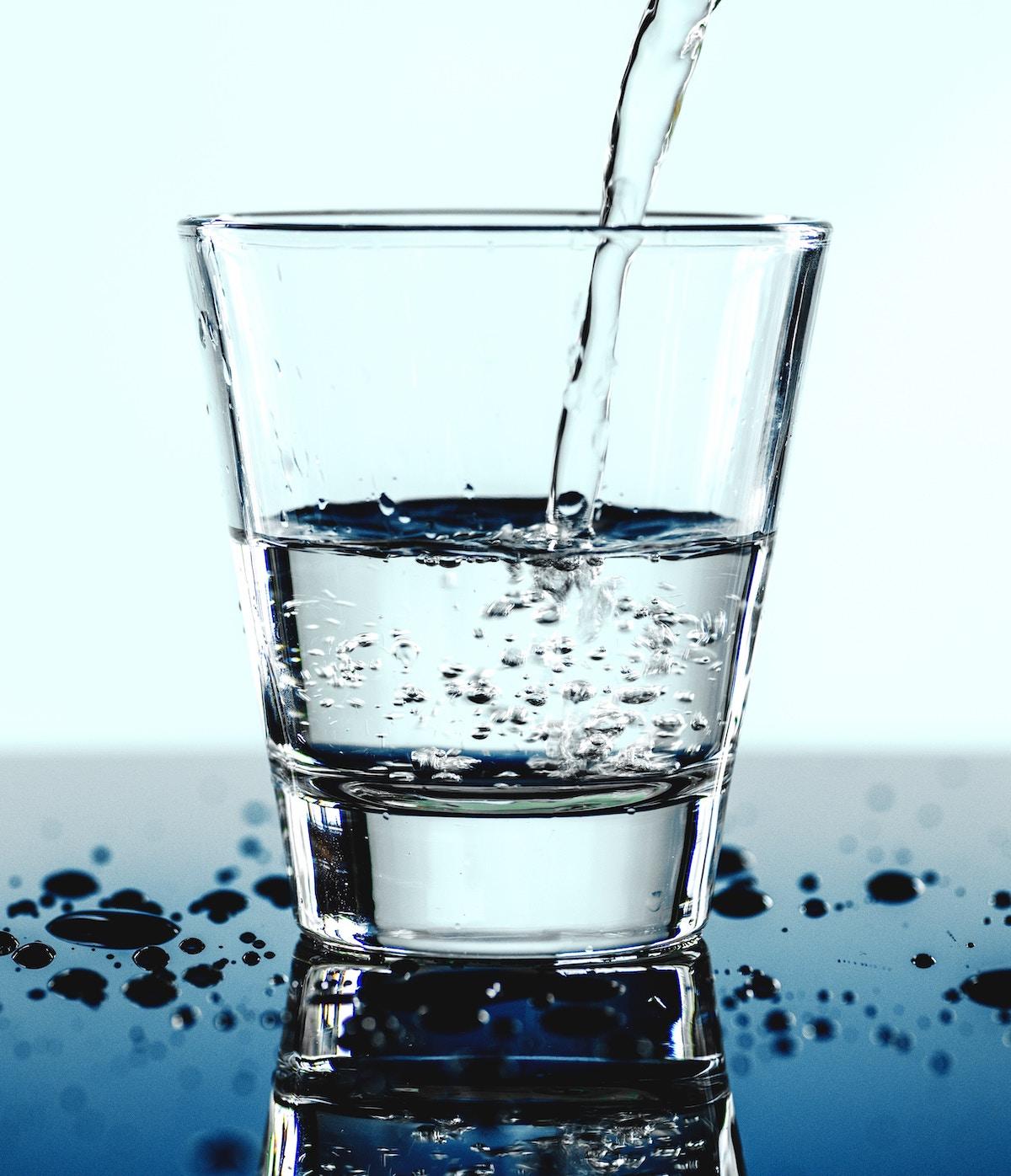 zéro déchet verre eau liquide écologie nature - blog déco - clem around the corner