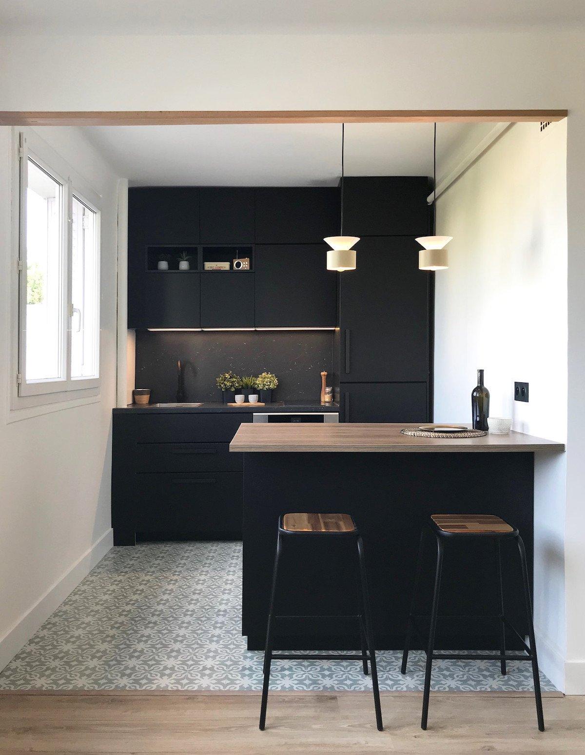 cuisine ouverte sur salon sol carreaux de ciment - blog déco - clem around the corner