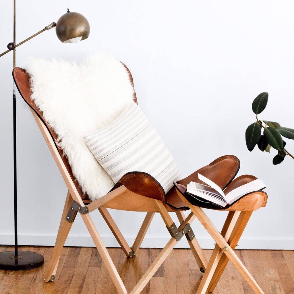 fauteuil butterfly fauteuil tripolina cuir fourrure blanc salon - blog déco - clem around the corner