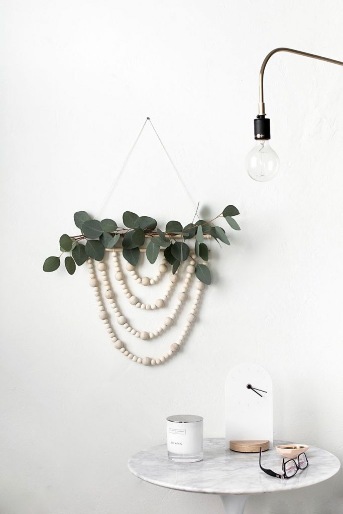 DIY slow living guirlande scandinave eucalyptus bois - blog déco - clem around the corner