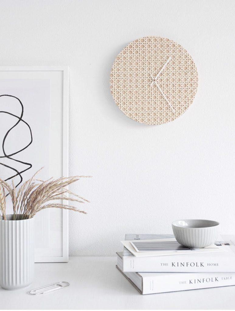 cannage diy horloge hygge création décoration - blog déco - clem around the corner
