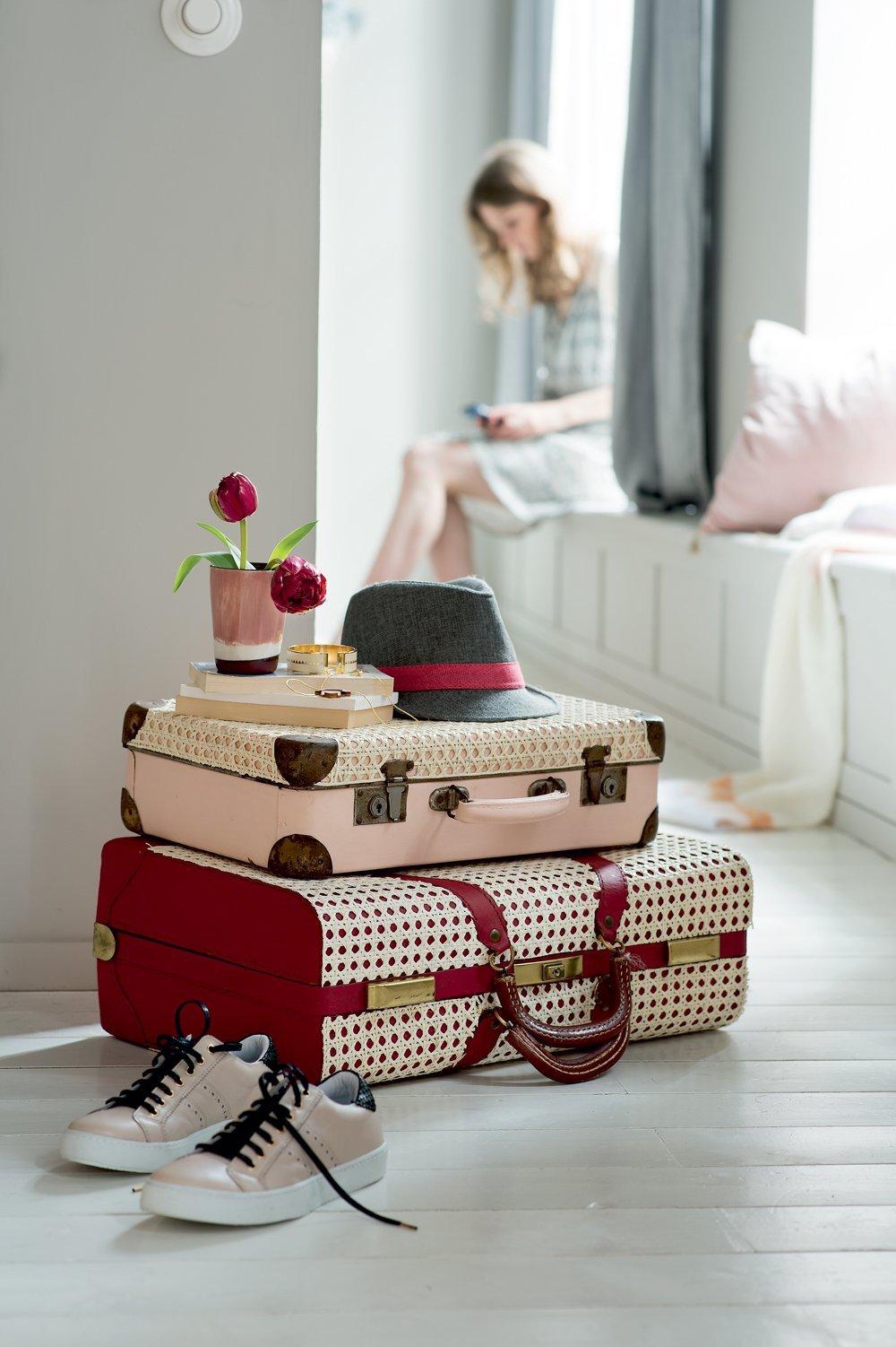 valise vintage style rétro pour décorer chambre ado rangement - blog déco - clem around the corner