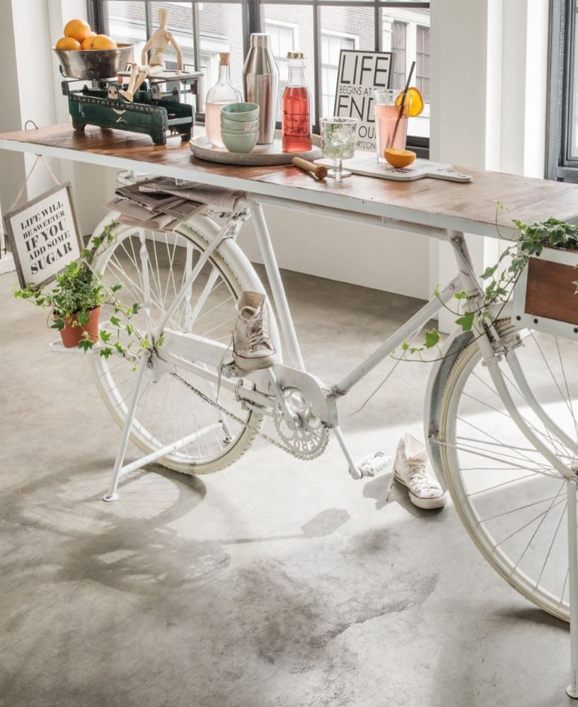 déco vélo salon table blanc vintage - blog déco - clem around the corner