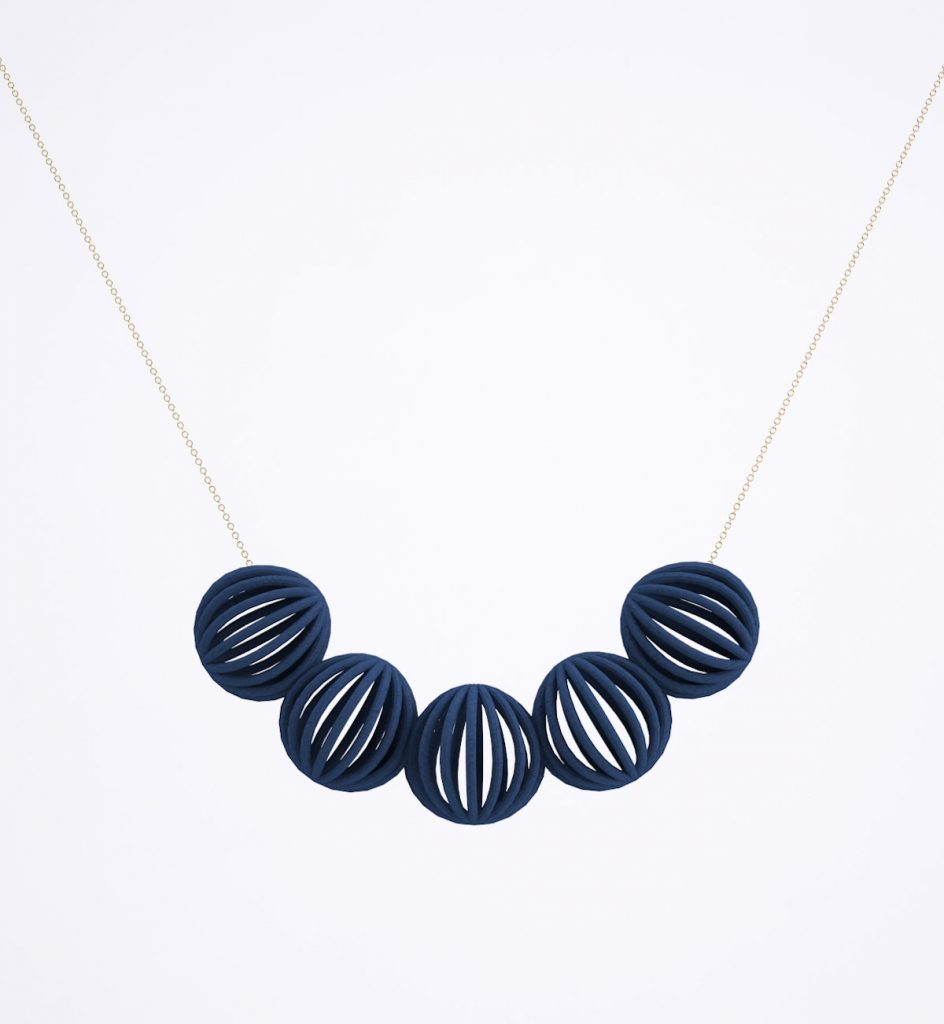 line pierron bijoux collier astral bleu foncé - blog déco - clem around the corner