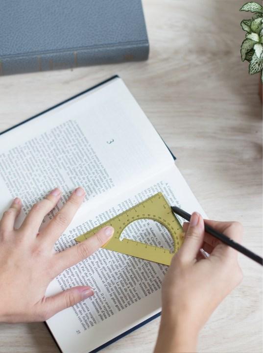 idée déco récup livre bricolage facile - blog déco - clem around the corner
