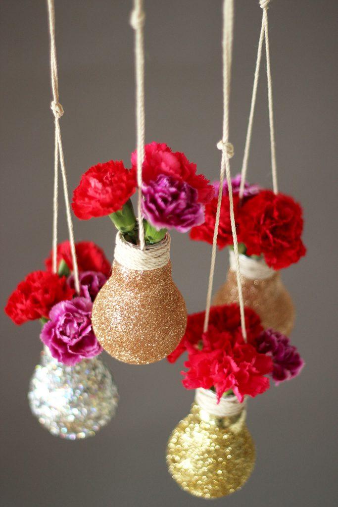 idée déco récup ampoule suspension fleurs - blog déco - clem around the corner